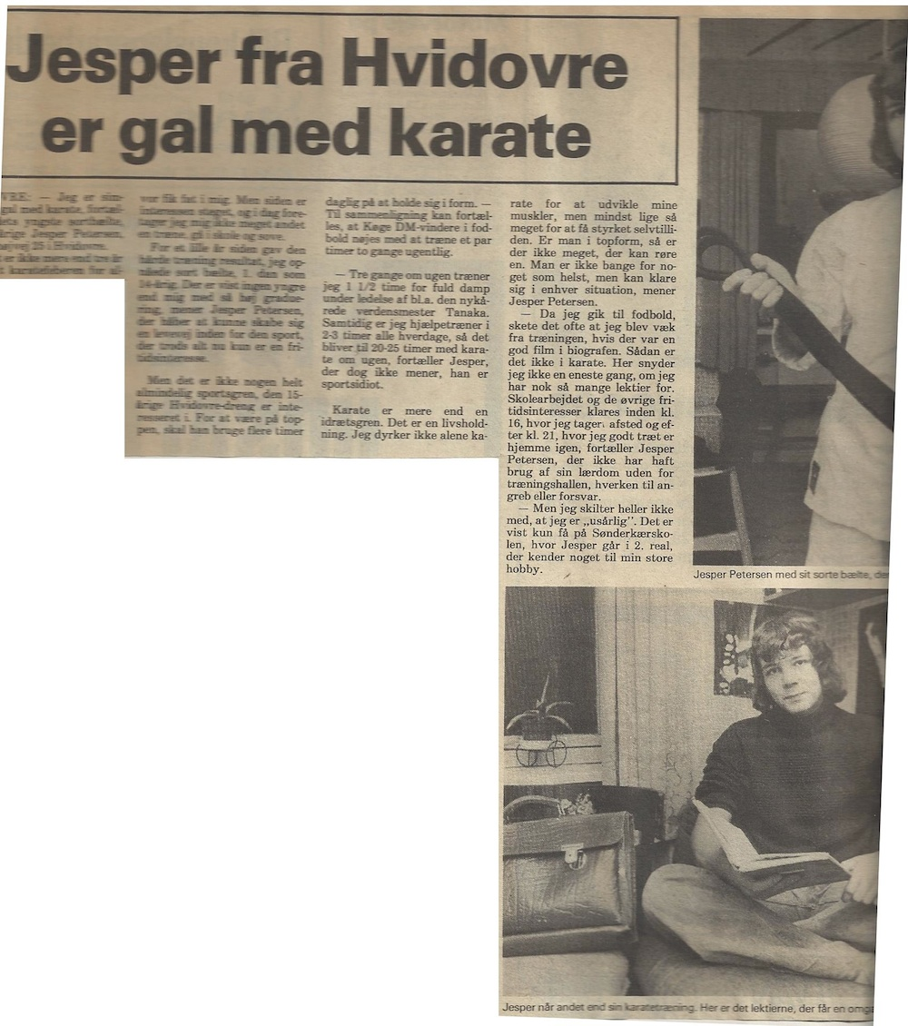 Fra de gamle arkiver: Artikel i vestegnen omkring skole eleven der var tosset med karate. Artikel fra 1975, hvor jeg netop var blevet gradueret 1. dan.